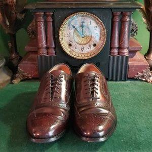 Men's Johnson & Murphy wing tip shoes